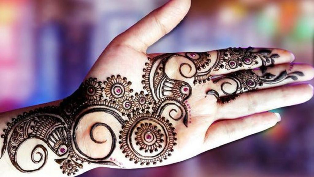 Latest Mehndi Designs for Eid and Chand Raat